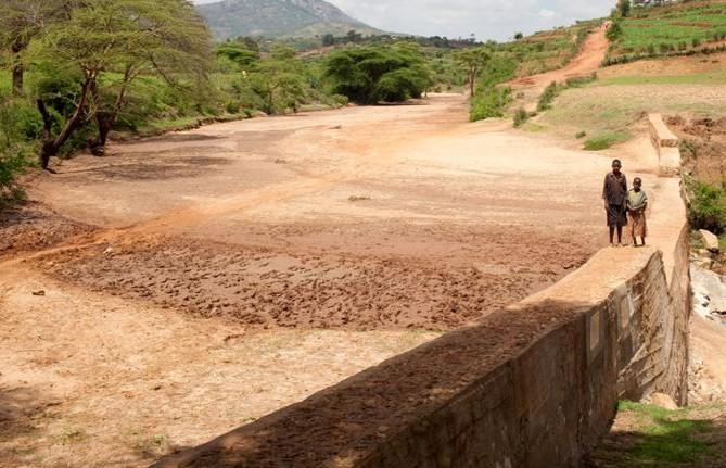 Sand Dams Zimbabwe Daily Bees