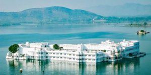 lake palace udaipur daily bees